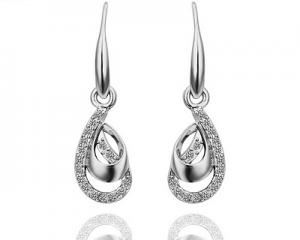 18K White Gold Plated Crystal Drop Earrings