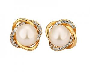 18K Plated White Pearl Round Shape Earrings